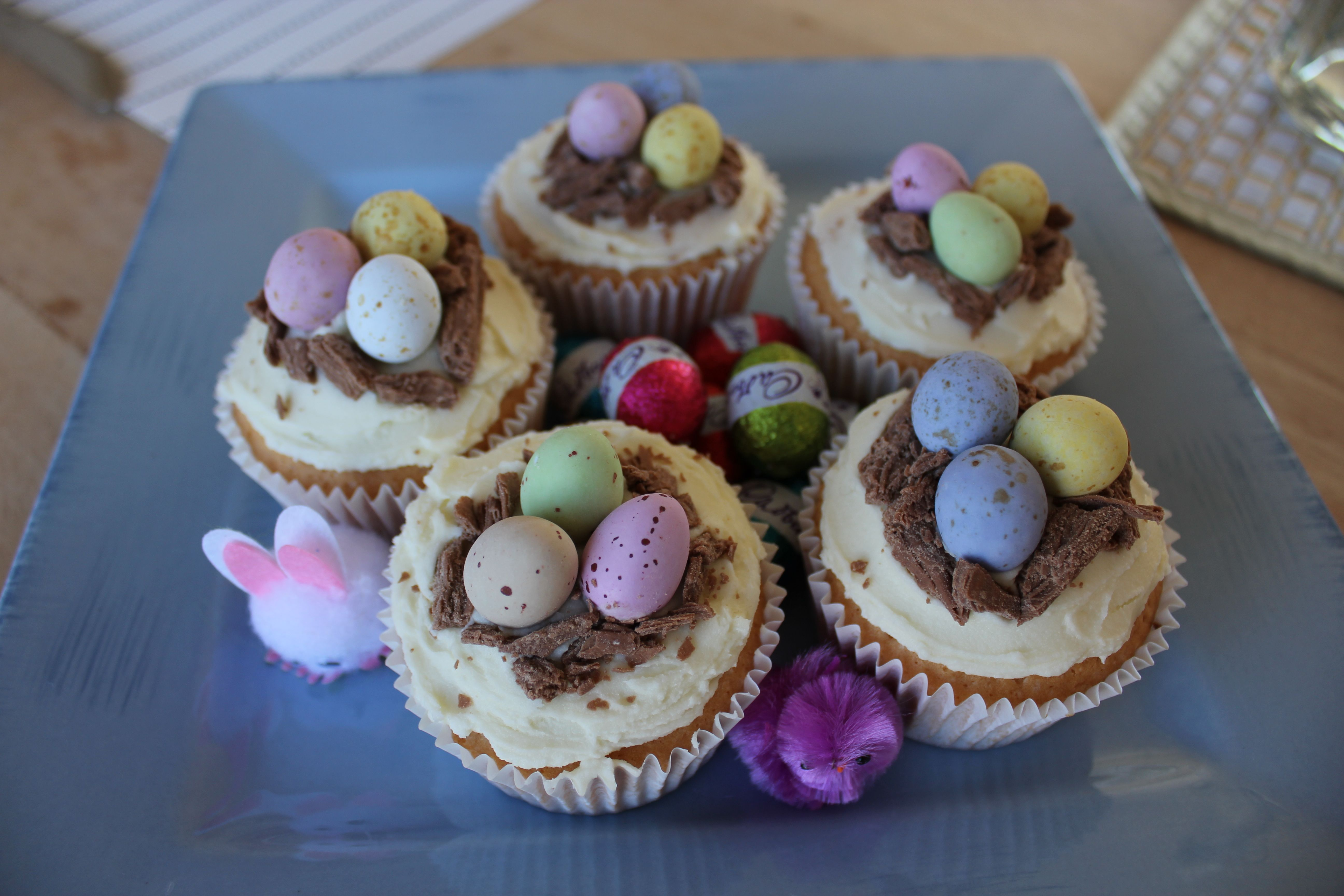 life on wallace easter nest cupcakes
